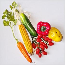 zestaw sztucznych warzyw